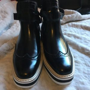 Zara black buckle platform booties size 6.5